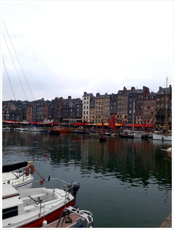 작은 항구도시 옹플레르