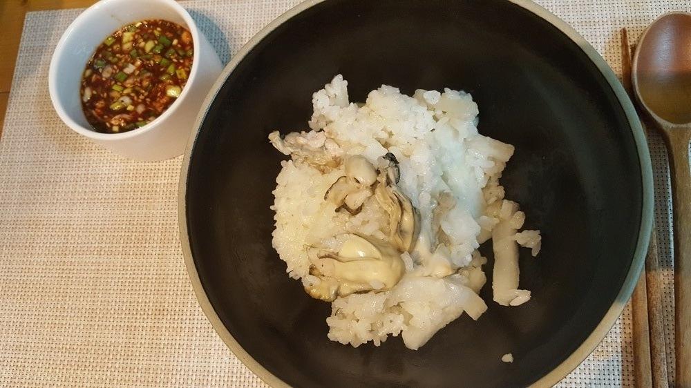 제철 굴과 무넣은 굴밥
