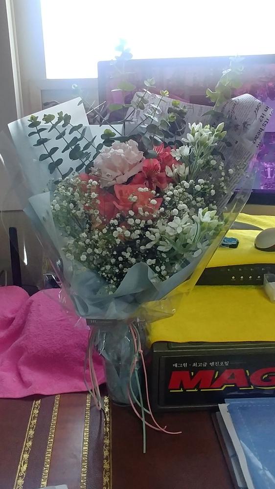 꽃다발 선물~~